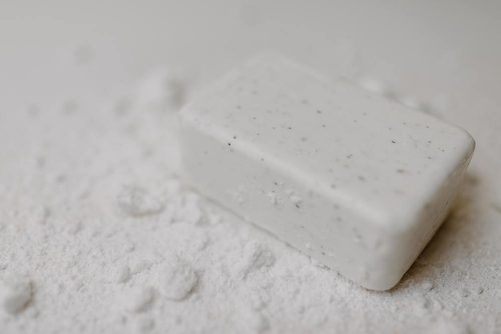 Faire de la lessive avec du savon de Marseille