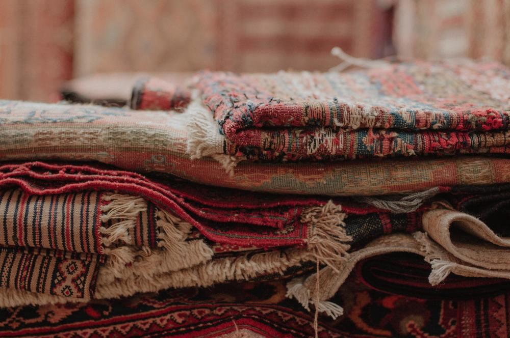 Des tapis anciens sales