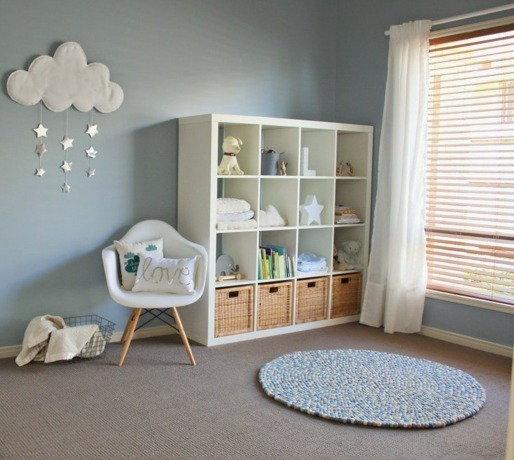 Les jobeurs peuvent vous aider pour l'aménagement et la déco : monter ou transformer des meubles, poser des tringles à rideaux ou des étagères, à vous de choisir !