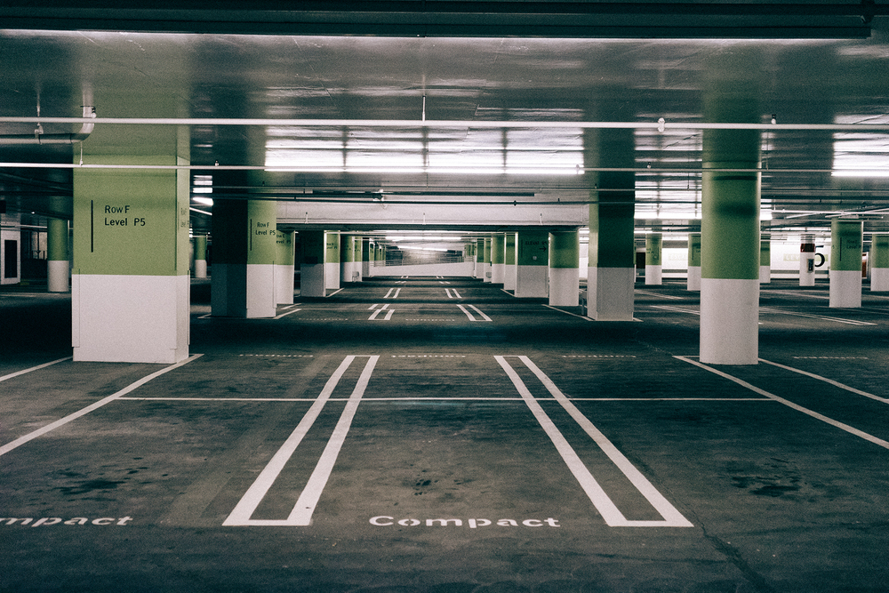 YoupiJob recommande Parkadom pour se garer