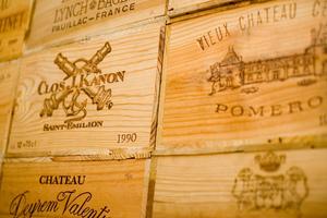 Recyclez vos vieilles caisses de vin avec Youpijob